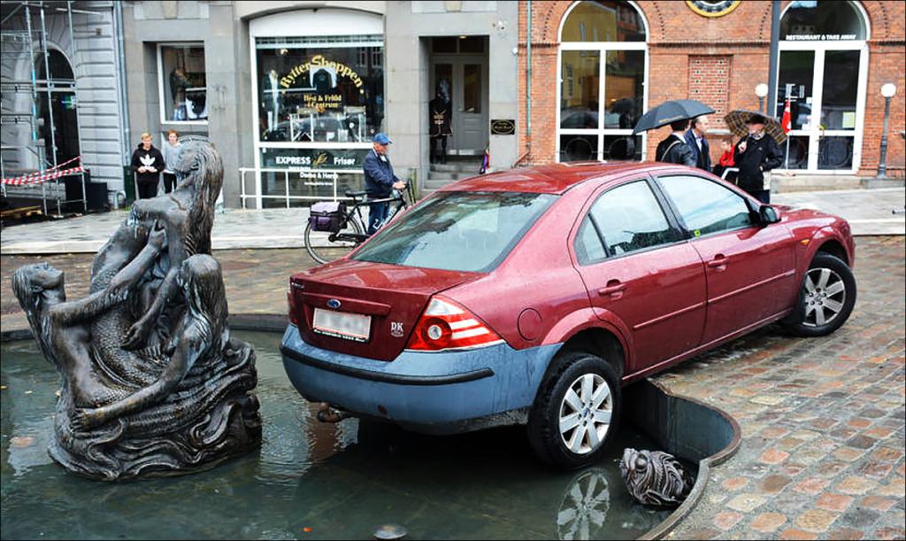 bil-i-springvandet